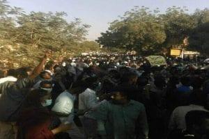 قتيلان وجرحى في الخرطوم واشتباكات بين القوات السودانية في بورتسودان