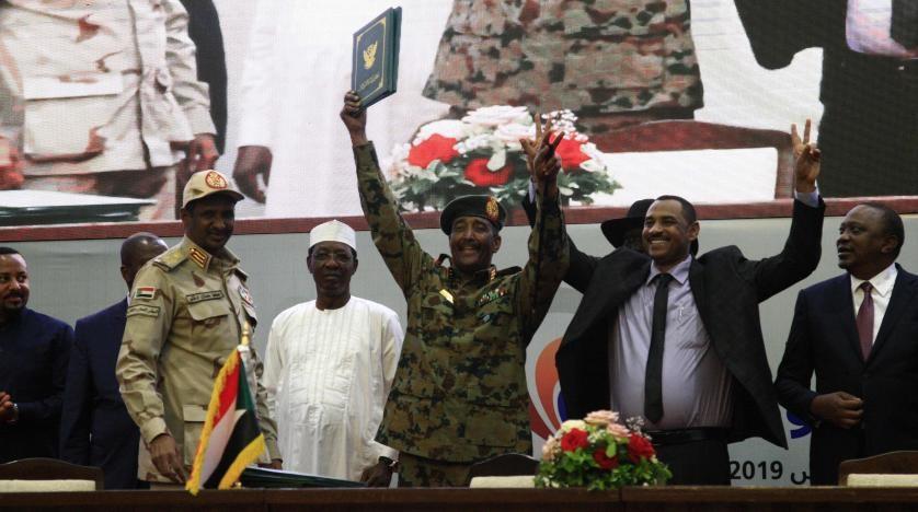 اتفاق قسمة السلطة بين قحت والعسكر زخم جماهيري و تحديات متعاظمة
