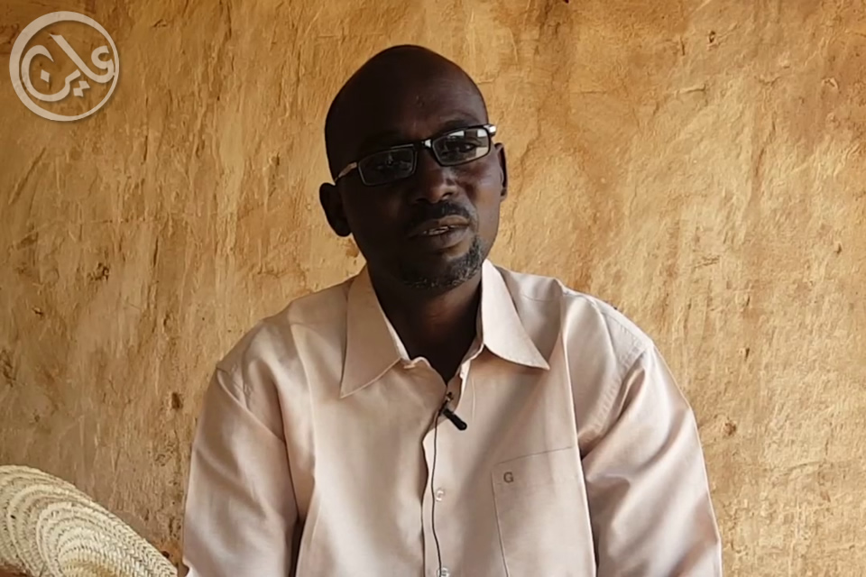 Isaac Abdullah Ibrahim is a primary school teacher in Abou Shouk Camp