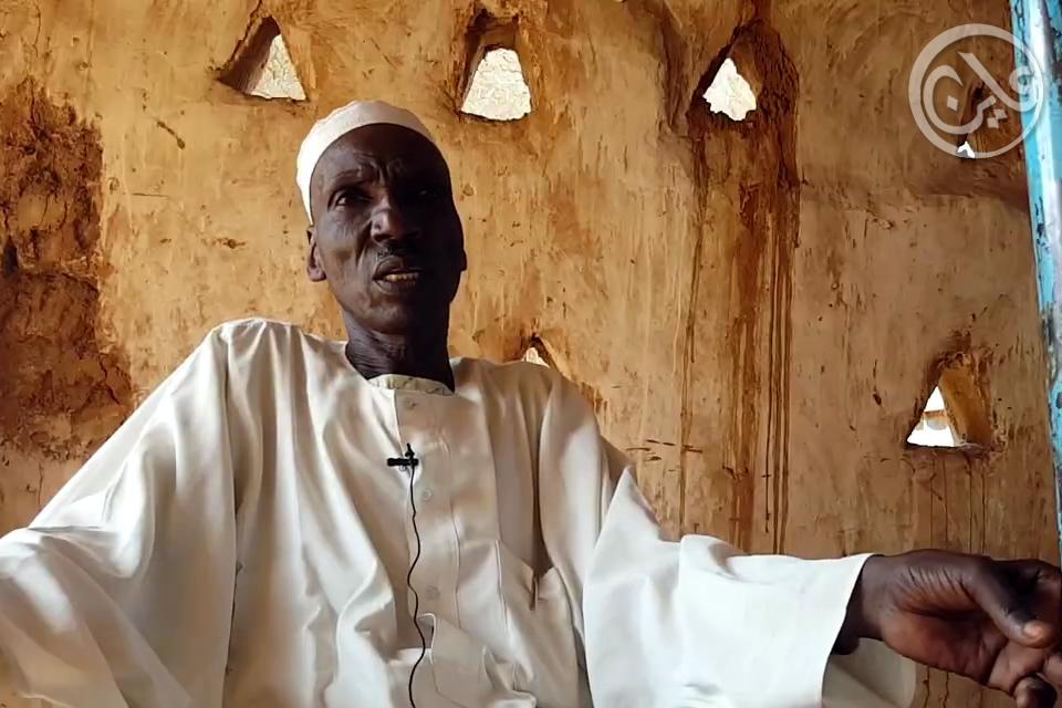 Musa Ibrahim, chief in neighbouring Abou Shouk IDP camp, North Darfur