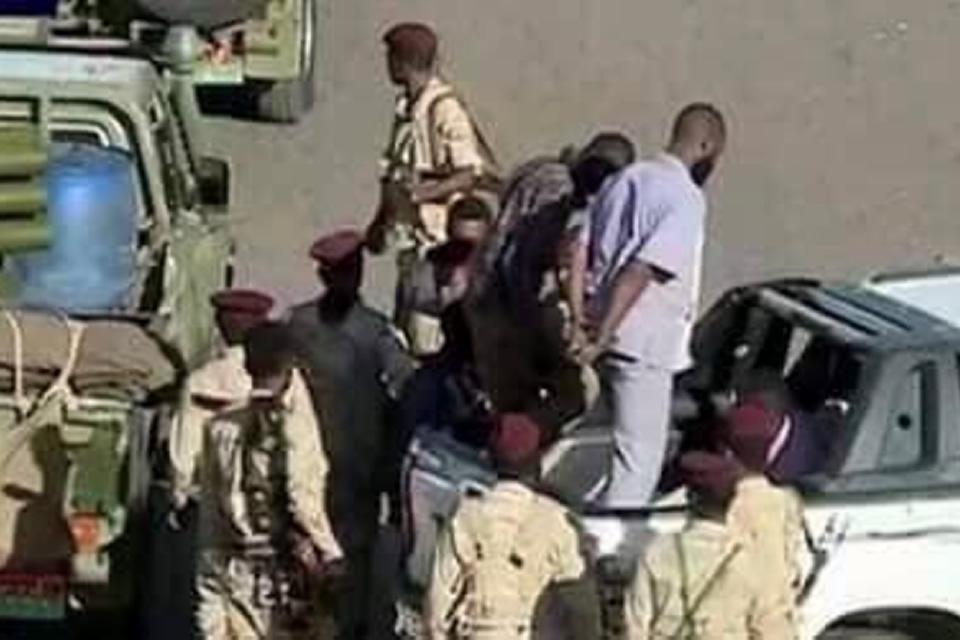 تمرد قوة مسلحة يثير الرعب في شوارع الخرطوم