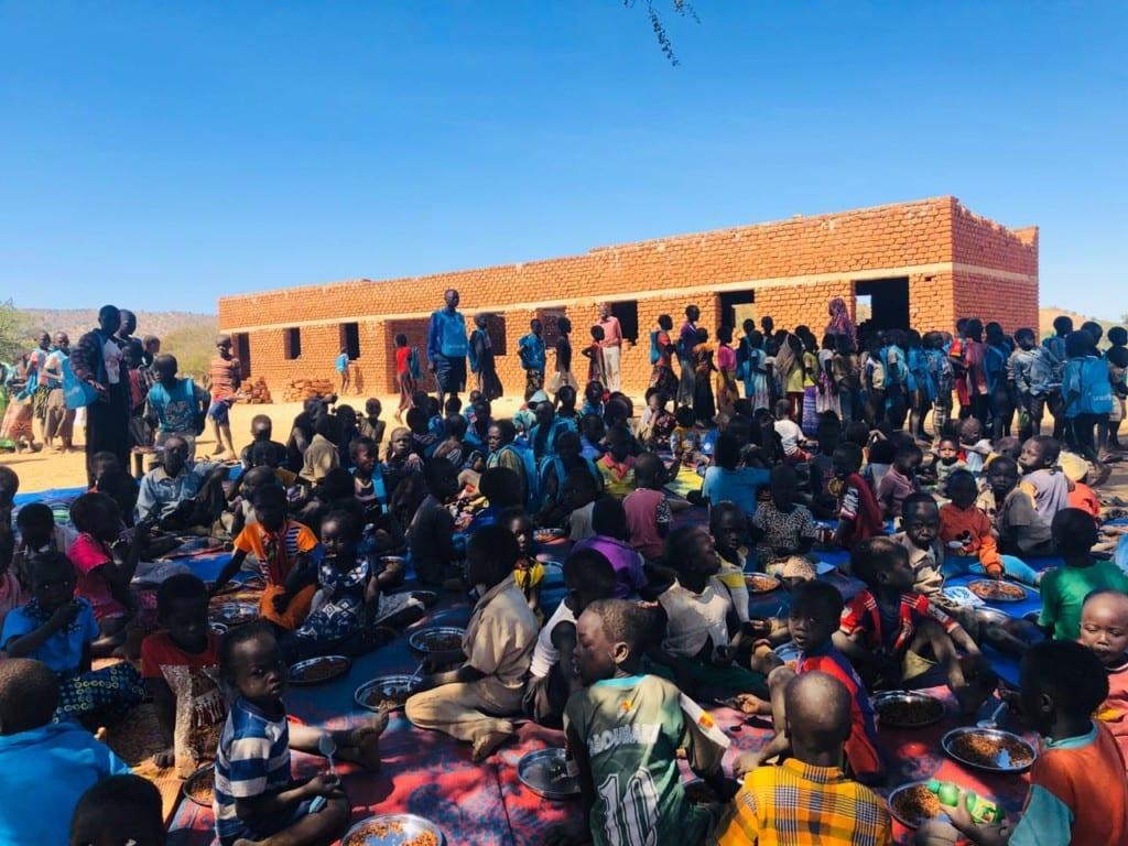 (يونسيف) تصل (كاودا) بعد غياب سنوات وتمكن (800) طفل من مواصلة تعليمهم