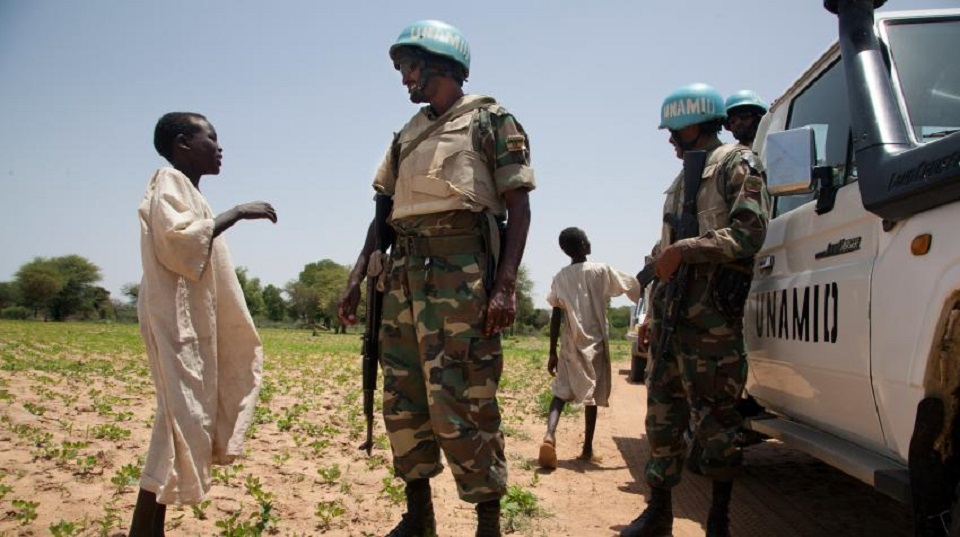 السودان: الأمم المتحدة تطالب بالتحقيق في نهب وتخريب منظمات بدارفور