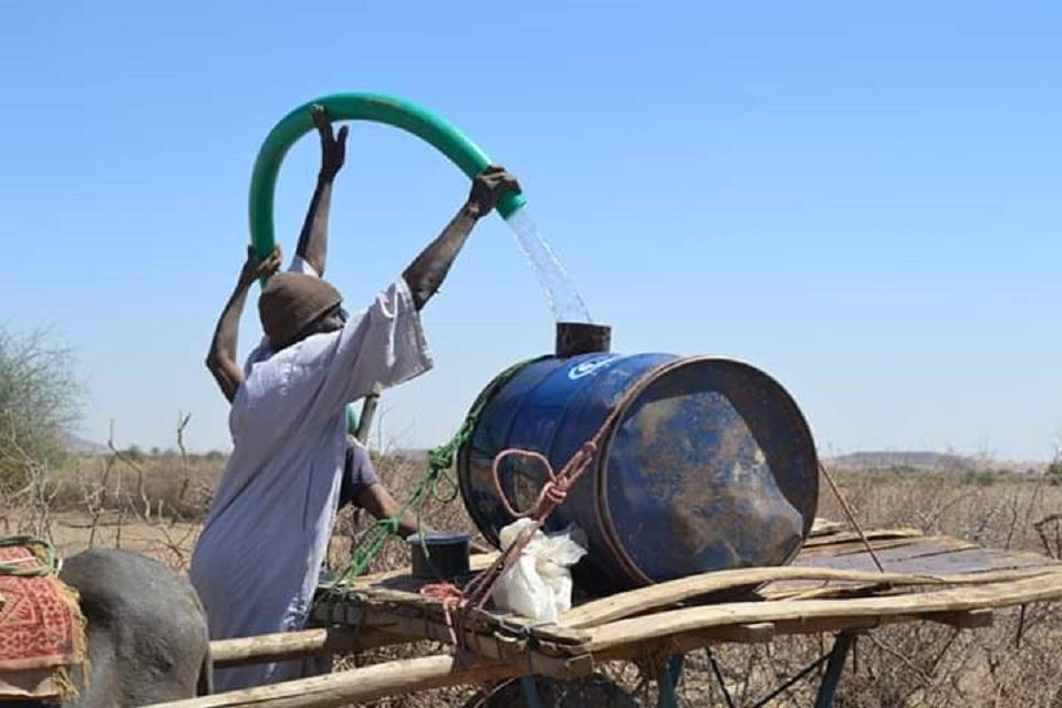 مشروع مياه يعيد الحياة لـ(6) آلاف شخص في دارفور بعد سنين من العطش