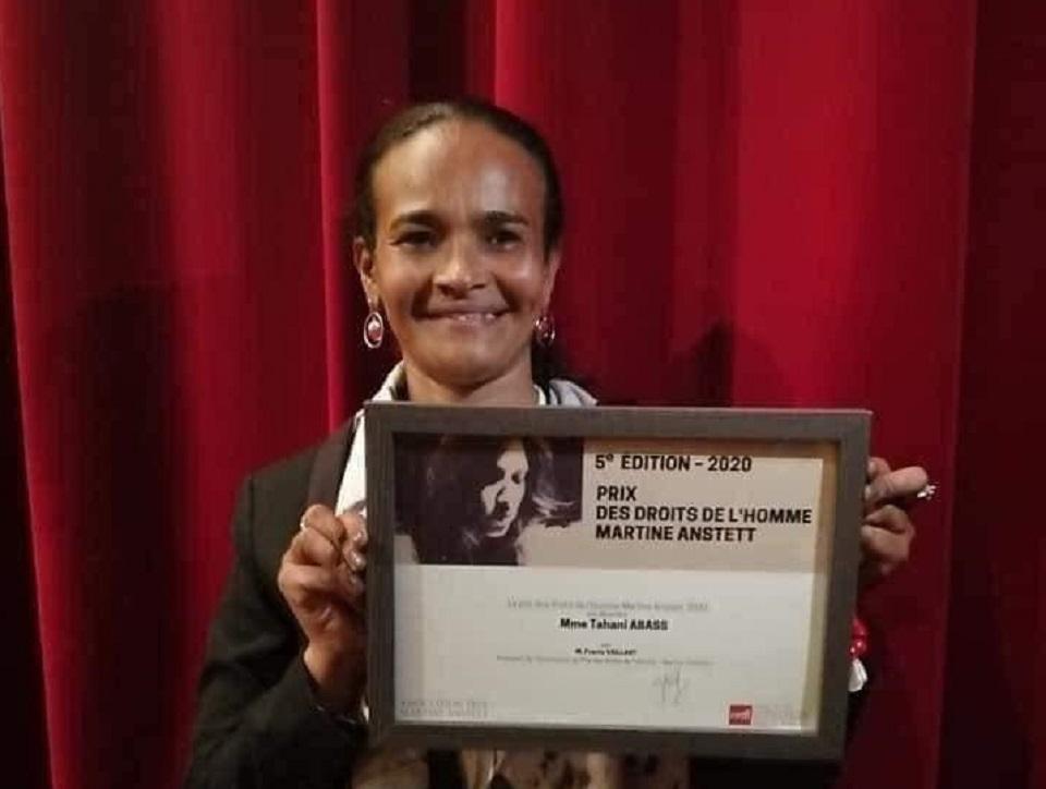 تهاني عبّاس: الجائزة للسودانيين وأنا رمزهم