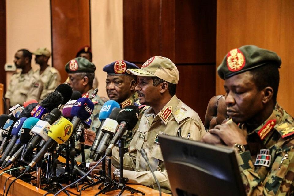 الجيش السوداني ينفي ارسال مقاتلين إلى ليبيا