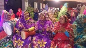"""حظر """"كورونا"""" يجبر عائلات سودانية على التخلي عن عادات متأصلة"""