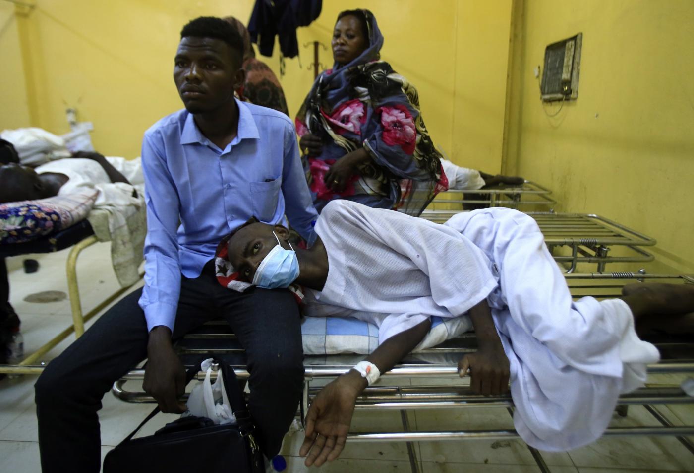 """""""كورونا"""" في السودان: (930) اصابة و(52) وفاة و(92) حالة شفاء"""