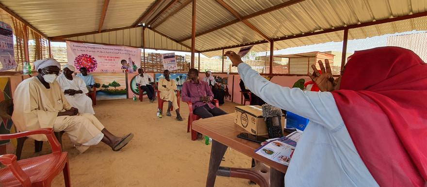 شكا مصابون ومتعافون من فيروس كورونا في مدينة الفاشر بولاية شمال دارفور غربي السودان، من سوء الخدمات الصحية داخل مراكز العزل في المدينة. وسجلت الفاشر 11 حالة إصابة بكورونا حتى امس الاثنين، وبلغ عدد الحالات التراكمية بحسب نشرة وزارة الصحة الإتحادية 106، في وقت شهدت الولاية خلال الايام الماضية حالات وفاة اكتنفها الغموض.