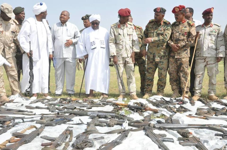 جمع أكثر من ألف قطعة سلاح من المواطنين بدارفور