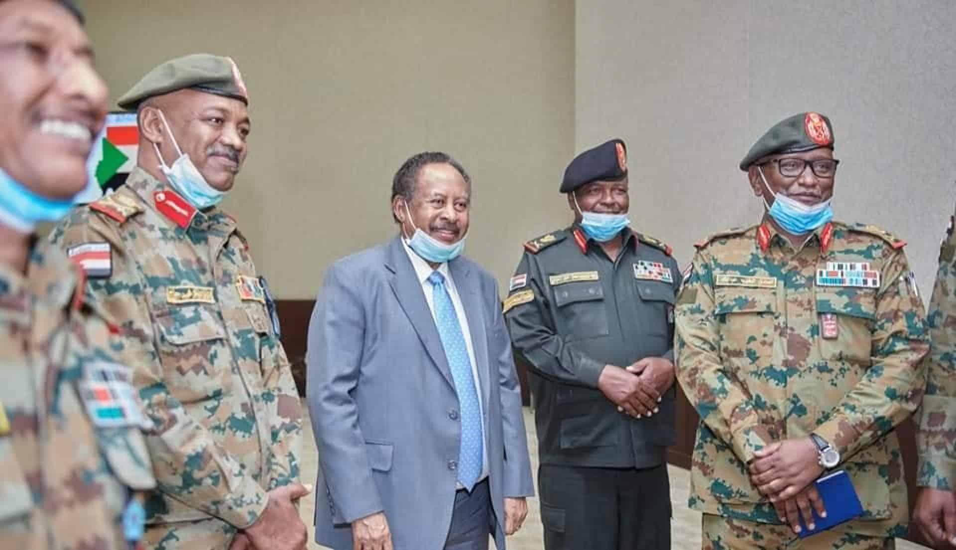رئيس الوزراء السوداني يرفض استقالات عدد من حكام الولايات العسكريين