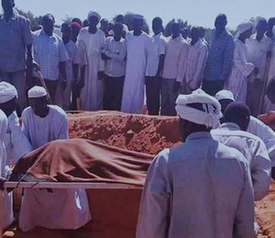 مقتل(15) ونزوح المئات في هجوم مسلح بدارفور