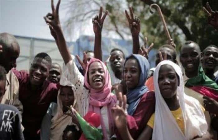 أحزاب سودانية ولجان مقاومة ترفض أسماء في قائمة حكام الولايات