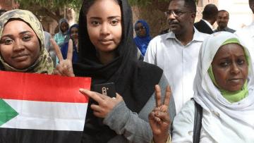 Sudan-Women-Revolution-RD-taken-with-permission.v1