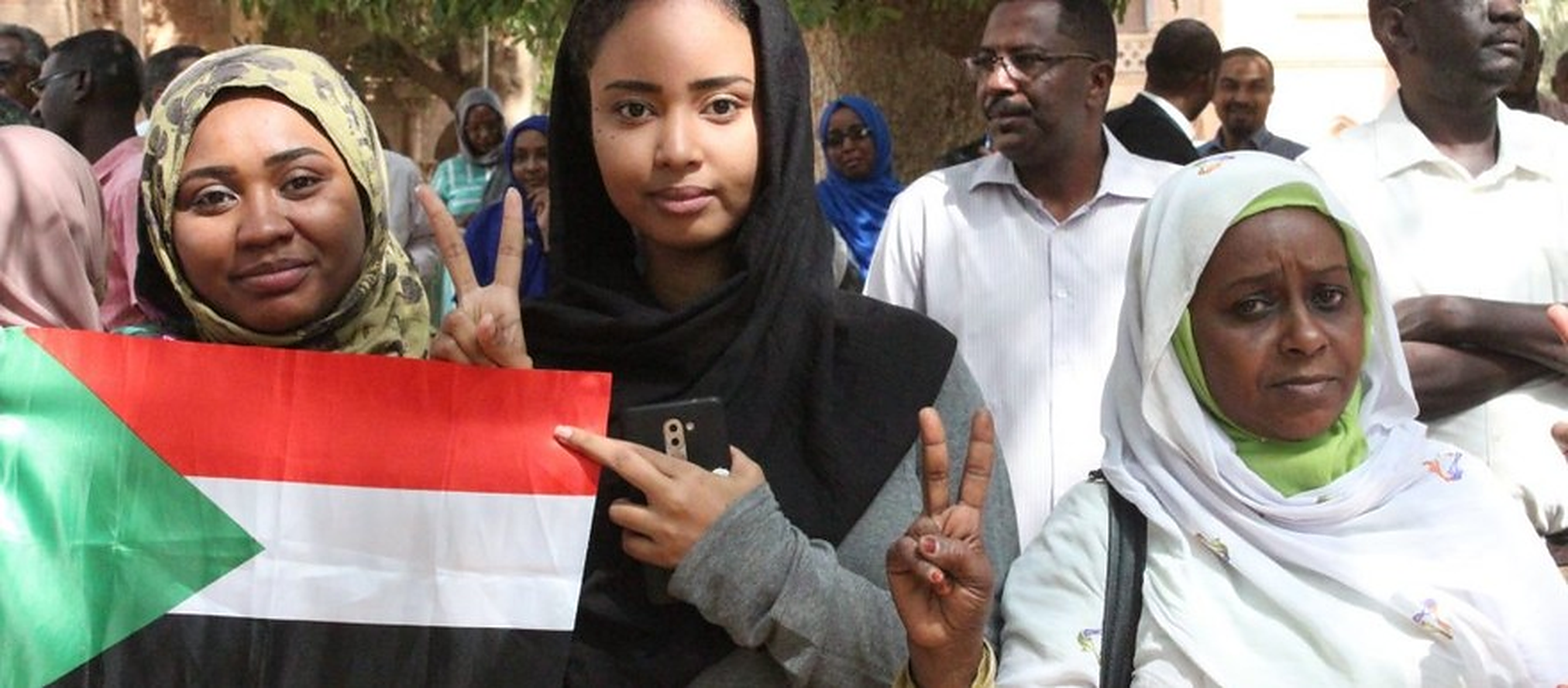 Sudan-Women-Revolution-RD-taken-with-permission.v1