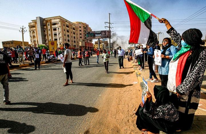 السودان: النظام البائد يغير معادلة الاحتجاجات في الثلاثين من يونيو